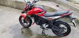 Vendo moto honda  o cambio
