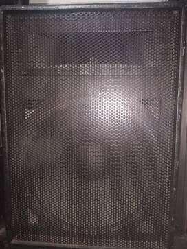 """Par cabinas tipo monitor 15"""" jbl"""
