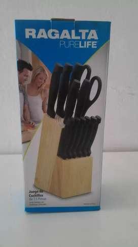 Juego de cuchillos nuevos marca regalta