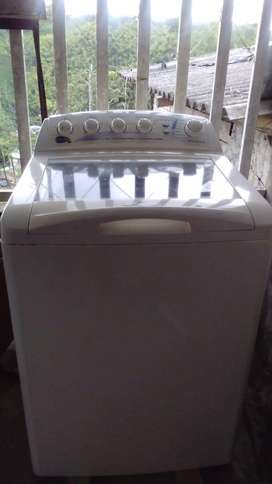 se vende lavadora centrales de 29 lb