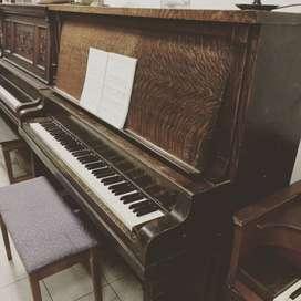 Piano Holland