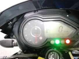 Vendo pulsar 220 s modelo 2012