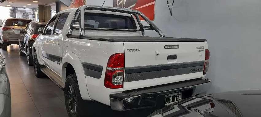 Toyota hilux srv limited 4x4 2014 0