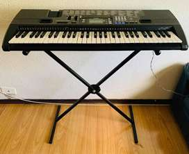 Piano CASIO CTK - 720