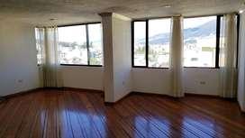 Monteserrin departamento de 3 dormitorios y estudio, en tercer piso