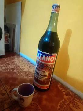Botella de cinzano 5litros