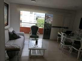 Paseo del LILI, piso 6, 3 habitaciones, 2 baños, sala comer, estudio, balcón parqueadero en sótano, ascensor.