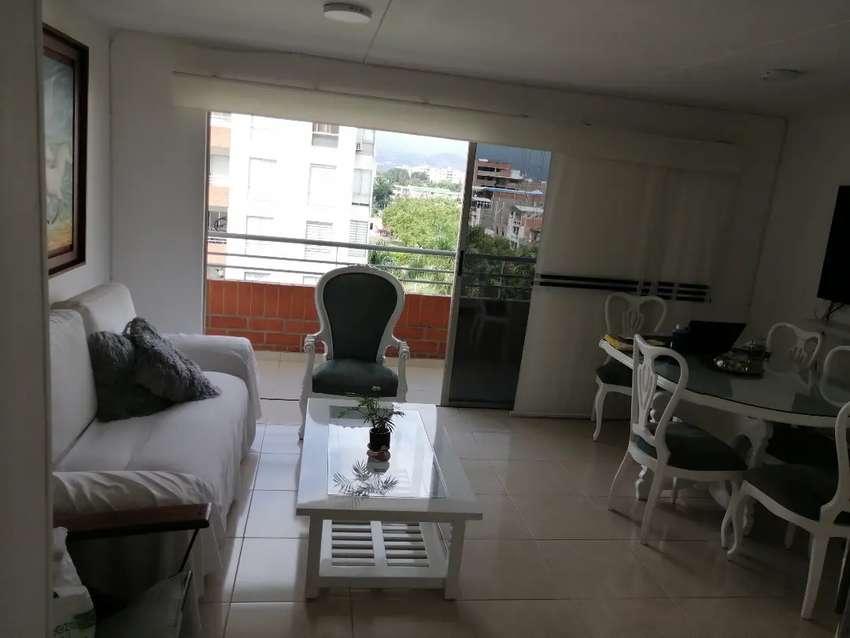 Paseo del LILI, piso 6, 3 habitaciones, 2 baños, sala comer, estudio, balcón parqueadero en sótano, ascensor. 0