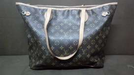 Bolso grande Louis Vuitton