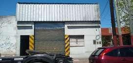 Alquilo galpon en Lanús Este 200 m2 F.M