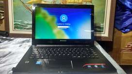 Laptop LENOVO S/. 950