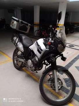 XTZ Tenere 250