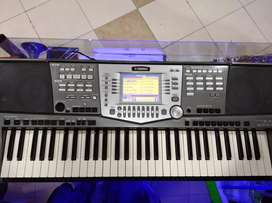 Piano Yamaha psr 1000