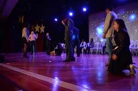 Producción de eventos corporativos lanzamientos Mago Hipnotista show mentalismo Humor en Colombia