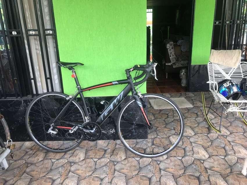 Vendo Bicicleta de Ruta Gw K2 0