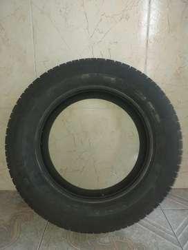 Llanta Michelin 165/65 R13