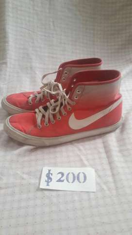 Zapatilla Botita Nike 38.5 Originales