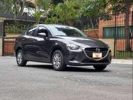 Mazda 2 automático