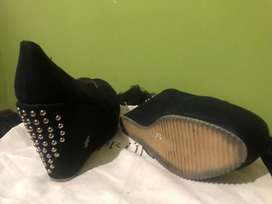 Zandalias negras N 40 poco uso