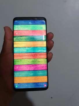 Cambio s9 plus con ligero detalle por S10 plus o iPhone plata más. Su favor