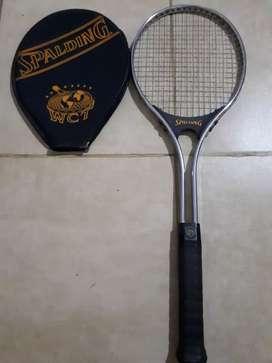 Raqueta tenis con funda soy de santa fe