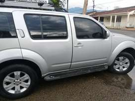 Se Vende o se permuta Nissan Pathfinder 2006 (179.000km)