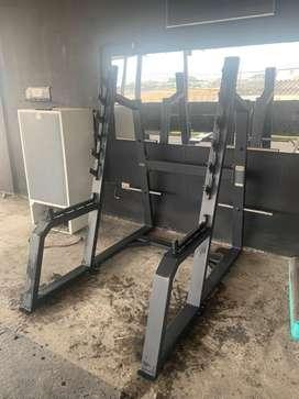 Maquina para gimnasio importada