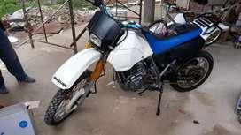 Vendo Suzuki DR650 SE