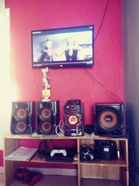 Vendo Súper Equipo Musical SONY GENESIS !!