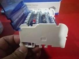 Distribuidor tetrapolar de 125 amperios, 15 salidas por fase S/. 40.00