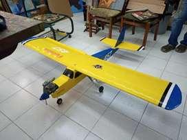 Avioneta aeromodelismo futabba