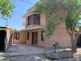 Casa con excelente carpintería. Precio negociable. San Juan (Rivadavia)