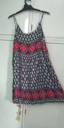 Vendo vestido solera corto