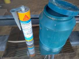 Venta de Sika Flex y un galón de acronal inf al wasapt