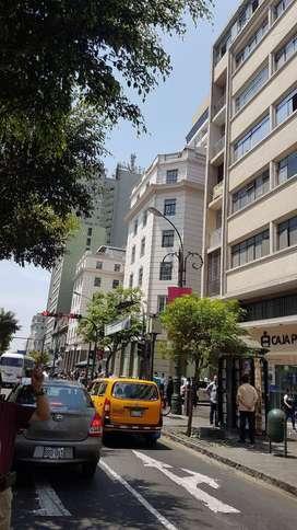 Oficina en el corazón del Centro de Lima, Cerca a Plaza San Martín.