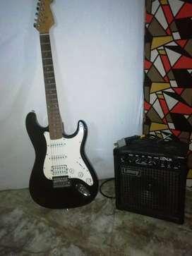 Vendo o cambio guitarra varson por portatil