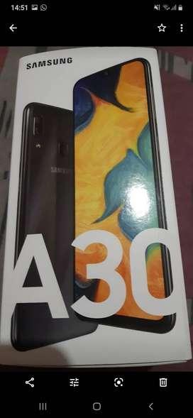 Vendo o permuto samsung A30