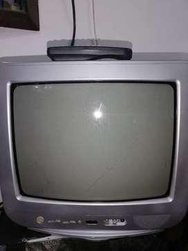 """TV DAEWOO DE 14 """" CON CONTROL"""