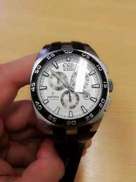 Vendo hermoso reloj Festina