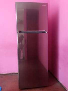 Refrigeradora Daewoo 317L
