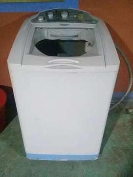Se vende lavadora mabe 34 libras