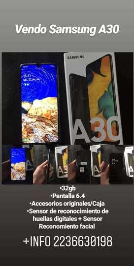 Samsung A30 32GB impecable con funda cargador original pantalla 6.4 liberado en caja muy buena cámara