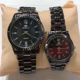 Relojes para parejas y individuales.