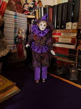 Muñeca arlequin vintage de porcelana