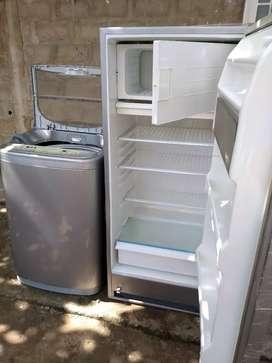 Vendo nevera lavadora estufa y sala en buen estado