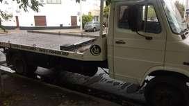 Vendo camión Tata c/camilla de auxilio mecánico (sukuba) de doble cilindro