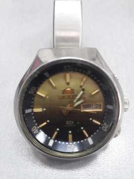 Orient Kd 3 Tornillos Reloj fino,Antiguo y en perfecto estado
