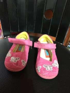 Lote de Zapatos Niña Talla 23-24
