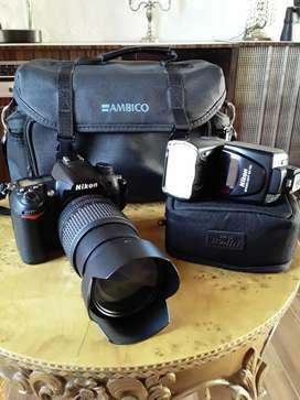 Camara profesional como nueva Nikon D7000 maletin, acsesorios, cargador y filtros.