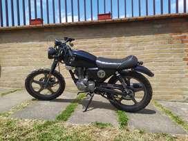 Moto Bultaco. Tipo Cafe Racer.
